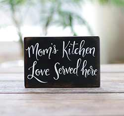 Mom's Kitchen Wooden Sign