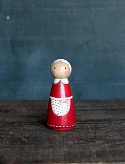 Mrs. Claus Peg Doll