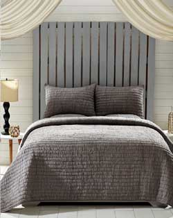 Rochelle Grey Quilt Set (Multiple Size Options)