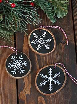 Snowflake Wood Slice Ornament - Black