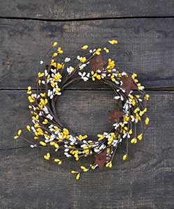 Yellow & Ivory Pip Berry Candle Ring with Rusty Stars