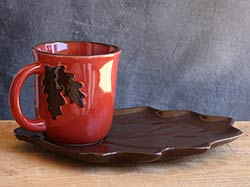 Fall Leaf Mugs & Plate Set (Brown)