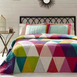 Taylor Quilt Set (Multiple Size Options)