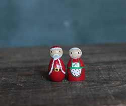 Mini Santa & Mrs. Claus (Set of 2)