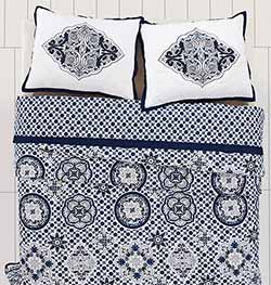 Neela Quilt Set (Multiple Size Options)