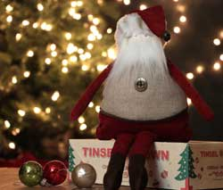 Large Santa with Linen