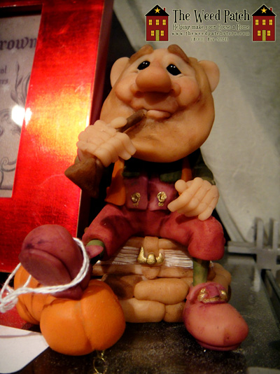 Harvest Sculpture Dennis Brown Pumpkin Elf