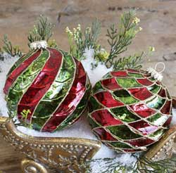 Red & Green Swirl Christmas Ornament