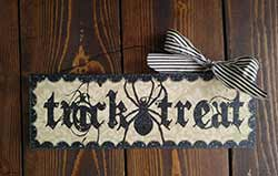 Trick or Treat Halloween Sign with Spider