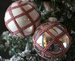 Red & White Glittered Glass Ornament