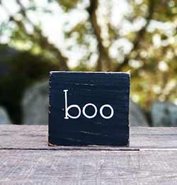 Boo Wood Sign