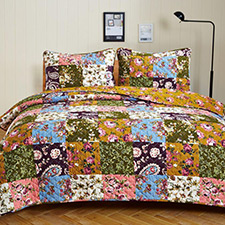 Antique Bloom Quilt Set