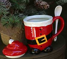 Primitive Christmas Dishes & Ceramics