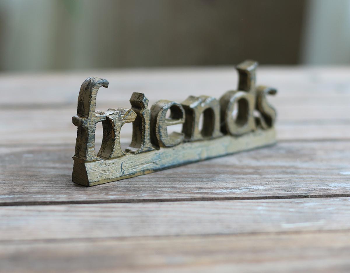 Mustard Friends Resin Shelf Sitter