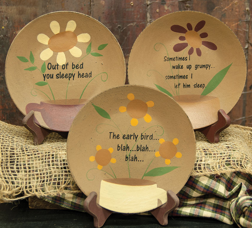 Coffee and Daisy Plate assortment, a Michelle Kildow design for The Hearthside Collection.