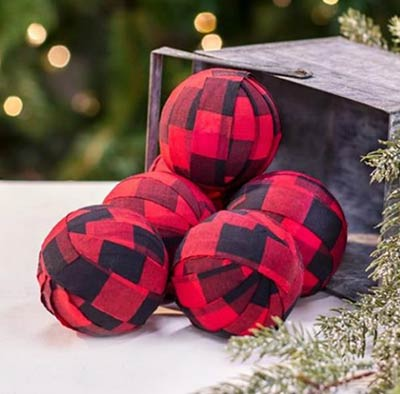"VHC Primitive Cookie Cutter Bowl Filler Set of 3 Fabric Rag Balls 4/"""