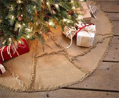 Burlap Christmas Tree Skirt with Reverse Seam
