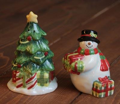 Vintage Snowman Dinnerware - Salt & Pepper Shaker Set