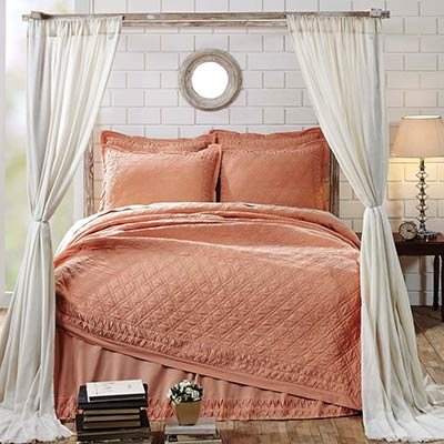 Adelia Apricot Twin Quilt