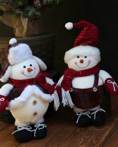 Crimson Plaid Small Snowman Stander