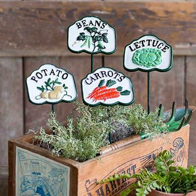 Vegetable Garden Stake Set (Potato, Beans, Carrots, Lettuce)