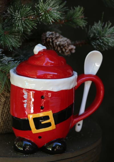 Holiday Lidded Mug with Spoon - Santa