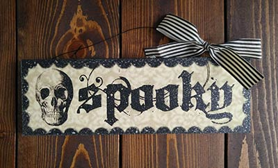 Spooky Halloween Sign with Skull