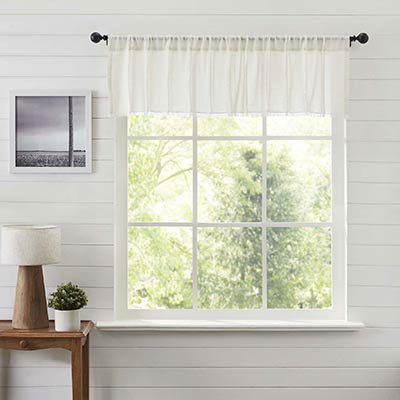 Tobacco Cloth Antique White Patchwork 60 inch Valance