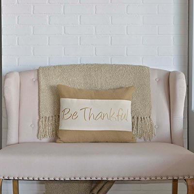 Be Thankful Pillow (14x18)
