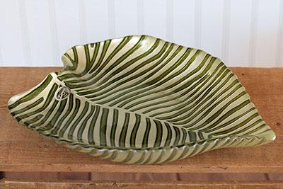 Striped Leaf Glass Plate
