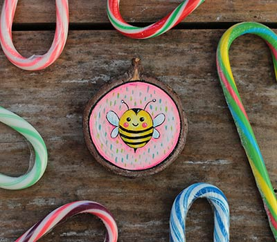 Bumblebee on Pink Wood Slice Ornament (Personalized)