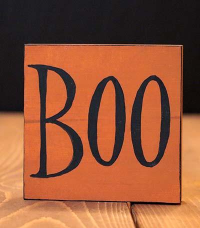 Boo Shelf Sitter Sign