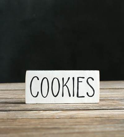Cookies Shelf Sitter