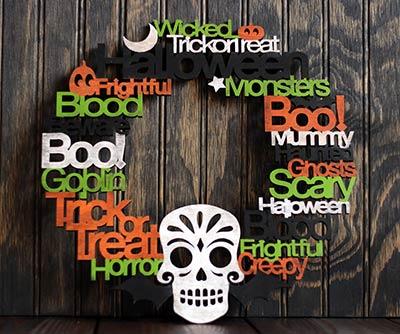 Halloween Sign Wood Wreath