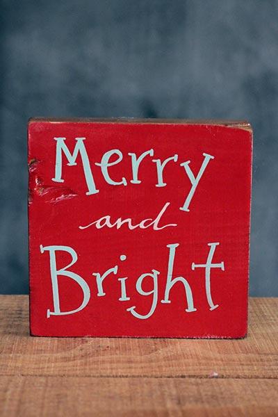 Merry & Bright Shelf Sitter Sign