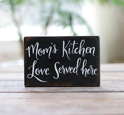 Mom's Kitchen Wooden Sign