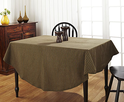 Tea Cabin Green Plaid Round Tablecloth (70 Inch)