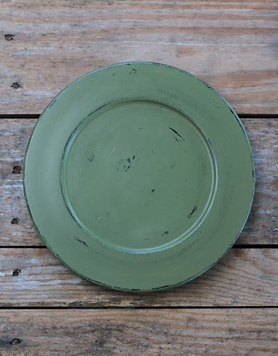 Distressed 9.5 inch Candle Plate - Moss Green