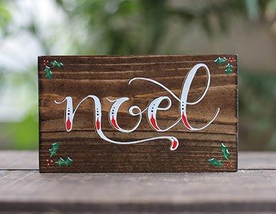 Noel Shelf Sitter Sign