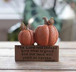 Harvest Block with Pumpkins
