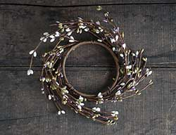 Lavender, Olive, & Ivory Pip Berry Candle Ring (3.5 inch)