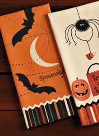 Spoooooky Bats Dishtowel