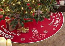 Winter Wonderment Tree Skirt