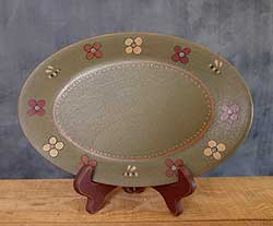 Green Flowers Oval Primitive Plate