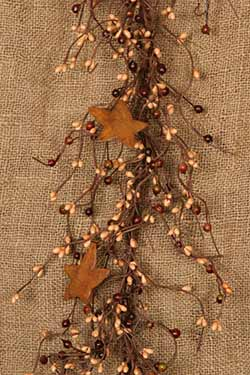 Rusty Star & Mixed Berry Garland