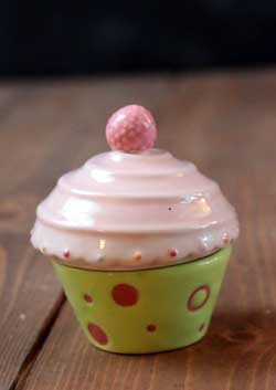 Just Desserts Cupcake Box with Candle - Green and Pink