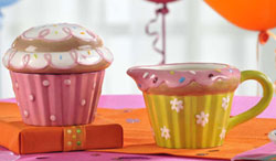 Cupcake Creamer & Sugar Set