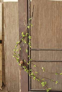 Twig & Leaf Vine Garland
