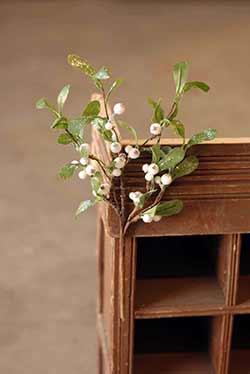 Dreamy Mistletoe Floral Pick
