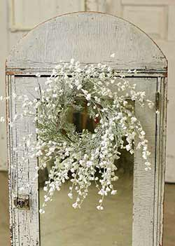 Sparkling Baby's Breath Candle Ring